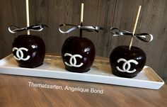 Chanel candy apples made by angelique bond from the Netherlands