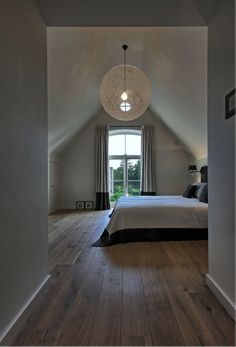 52 Comfy Attic Bedroom Design And Decoration Ideas bedroom House Design, Home Bedroom, Bedroom Loft, Home Decor, Bedroom Inspirations, Home Deco, Attic Bedroom Designs, Interior Design, Master Bedrooms Decor