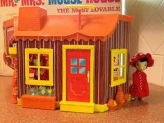 I had this! Was one of my most favorite toys!  Reserved/Sandi 1966 Remco Mouse House set