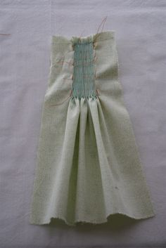 Smocking by Hand --Part 1--How to hand pleat fabric in preparation to smock