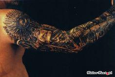 Tatuaż biomechaniczny
