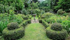 beautiful gardens inspire me like this Edna Walling designed garden Boxwood Garden, Garden Inspiration, Garden Ideas, Hidden Garden, Australian Garden, Ends Of The Earth, Outdoor Living, Outdoor Decor, Garden Styles