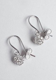 Wouters & Hendrix / Diamond Cluster Earrings @ Bogaert - Aalst