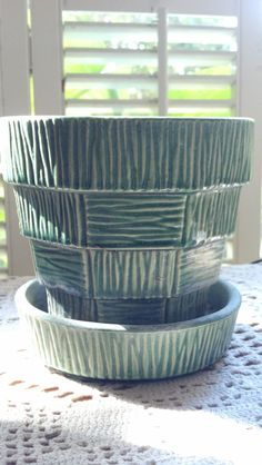 Vintage McCoy USA Green Pottery Pot Vase With by PattiesPassion