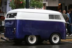 Mini VW bus Volkswagen Group, Volkswagen Transporter, Vw T1, Vw Camper, Campers, Volkswagon Van, Short Bus, Vw Vintage, Mini Bus