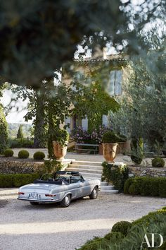 Frédéric Fekkai's Gorgeous Vacation Home in the South of France Photos Architectural Digest Architectural Digest, Beautiful Homes, Beautiful Places, Beautiful Bedrooms, Simply Beautiful, French Beauty, Aix En Provence, Provence France, Provence Garden
