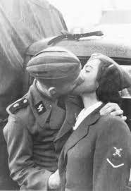 German soldier kissing a Helferin