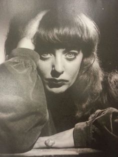 Vali Myers by Norman Ikin, late (before Vali left. - Vali Myers Witch of Positano Hipsters, Beatnik Style, I See Stars, Rhapsody In Blue, Ink In Water, Muse Art, Season Of The Witch, Glamour Shots, Hair Reference