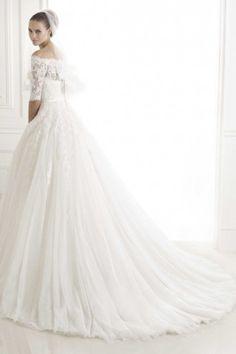 Princess Half Sleeves Tulle Lace Vintage Wedding Dress