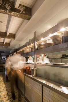 Brasserie Blanc, Beaconsfield Open Kitchen Restaurant, Kitchen Pass, Cooking Restaurant, Cafe Restaurant, Restaurant Ideas, Commercial Kitchen Design, Kitchen Design Open, Posh And Becks, Rocket Stoves