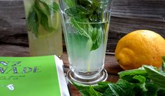 """Longdrink Gläser """"Perigord"""" mit Minz-Sirup für Limonade. Selbst gemacht! (Foto wohlgeraten.de)"""