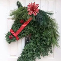 So you can make a Christmas wreath yourself - 50 ideas Christmas door wreath horse headDIY moss wreath simply homemade: autumn decoration, decoration for autumn, wreath, make wreaths yourself, wreath made . Christmas Wreaths To Make, Noel Christmas, Holiday Wreaths, Christmas Projects, Christmas Ornaments, Christmas Ideas, Modern Christmas, Christmas Unicorn, Christmas Gift Horse Lover