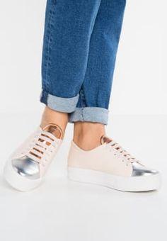 Sneakers donna pastello 'Even & Odd' su Zalando