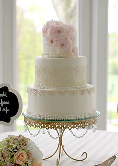 Couture Cakery - Wed