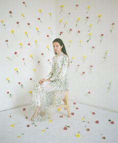 Lesia Paramonova (more photos) Portrait Photo, Photo Art, Creative Photography, Fashion Photography, Band Photography, Photoshoot Concept, Flower Wall, Editorial Fashion, Designer