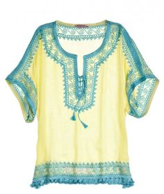 cute white top with light blue detail :) Spanish / boho style