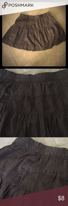 DK Brown Md/Lg Skirt Have had for years, always said I would wear and didn't.  Size is MIA but it was a Md.  Very cute but I am not a skirt person.  Can't do it. Ha. Bundle with other items and save! Old Navy Skirts Mini