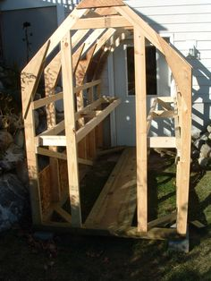 Blogger shares his greenhouse project.  Some great ideas!