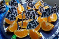 Idées Anniversaire Pirate, des oranges bateaux pirate