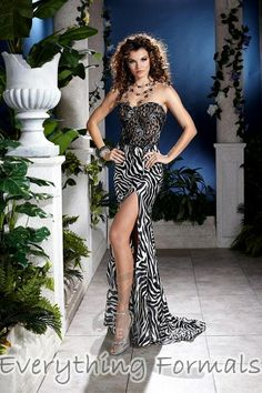 Daring and Animalistic Printed #Charmeuse Sweetheart Neckline Flare Long #PromGown by #Panoply Style 14395~ MSRP: $392.61 Guaranteed Low Price: $313.99 (You save $78.62) *This product is on SALE (http://www.everythingformals.com/Panoply-14395/)