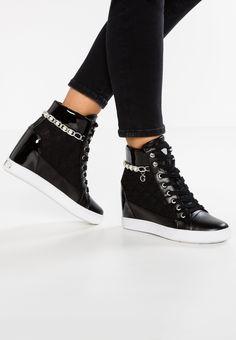 timeless design 902a0 6dfe4 Pedir Guess FORTY - Zapatillas altas - black por 119,95 € (6
