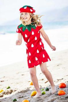 Strawberry Costume for Girls | Chasing Fireflies Candy Costumes, Cute Costumes, Halloween Costumes For Girls, Girl Costumes, Halloween 2018, Costume Ideas, Happy Halloween, Tootsie Roll Costume, Raccoon Costume