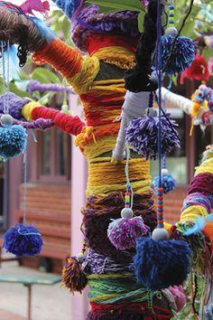 Zart Art | Zart Extra Term 4 2012 | School Activities | Art activities for children/students/kids | Teacher Art Craft Lesson Plans | Australian School Teacher Education Resources - Crafting Issue