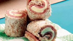 Classic favorites, cold dessert treats, and baon recipe ideas! Lunch Snacks, Savory Snacks, Savoury Dishes, Easy Snacks, Lunches, Lunch Box, Ham And Cheese Pinwheels, Lunch Items, Creative Snacks