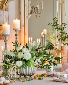 From decor to recipes to entertaining ideas, Southern Lady Magazine is your resource on the art of hospitality and the world of Southern femininity. Beautiful Flower Arrangements, Floral Arrangements, Beautiful Flowers, Southern Ladies, Southern Comfort, The Beautiful South, Beautiful Images, New Home Designs, Wedding Centerpieces