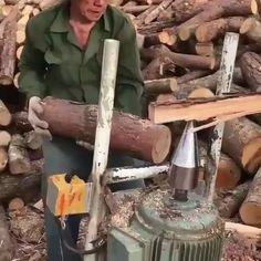How To Chop Wood Quickly - Werkzeuge - gartenbedarf Geek Gadgets, Cool Gadgets, Cheap Gadgets, Office Gadgets, Travel Gadgets, Kitchen Gadgets, Woodworking Projects Plans, Diy Woodworking, Backyard Playground