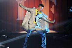林峯 (Raymond Lam) Raymond Lam, Musicians, Joker, Live, Fictional Characters, The Joker, Fantasy Characters, Music Artists, Composers
