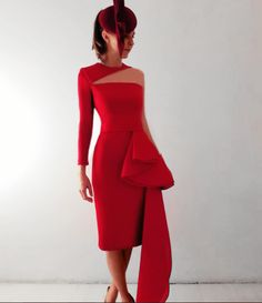 #robertodiz #tango #readytowear #collection #coctel #dress #vestido #fashion #mode #style #design #designer #invitada #invitadaperfecta #glamour #glam #elegance #wedding #seville #madrid #red #fashionfromspain #paris Available now in our shop Headpiece Philip Treacy for Reyes Hellín