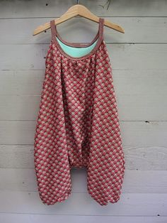 Free sewing tutorial for toddler romper