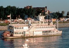 memphis-riverboats (On my bucket list)