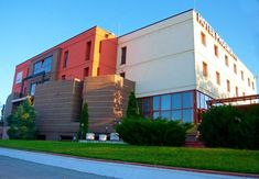Cazare Phoenix Arad #cazarearad #hotelarad Shopping Center, Multi Story Building, Mansions, City, House Styles, Home Decor, Phoenix, Centre, Hotels