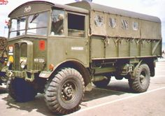 AEC Matador - Google Search Vintage Trucks, Old Trucks, Old Lorries, Army Vehicles, Military Diorama, Military Equipment, Car Wheels, British Army, Zombie Apocalypse