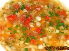 Romanian Food, Romanian Recipes, Cheeseburger Chowder, Risotto, Soup Recipes, Salsa, Good Food, Dishes, Supe