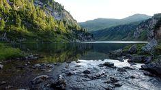Mountain+River
