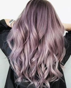 19 The Most Beautiful Lilac Hair Pictures, Ideas & Designs - Easy Hairstyles #ombrehaircolors
