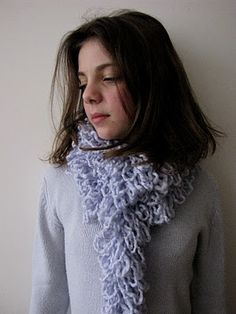 Little Treasures: A Rufly Scarf tutorial