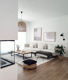 room in spanish for living room living room chairs room inspiration living room ideas room set room lighting ideas room wallpaper Living Pequeños, Living Room Sets, Home Living Room, Apartment Living, Living Room Designs, Living Room Decor, Living Spaces, Small Living, Modern Living