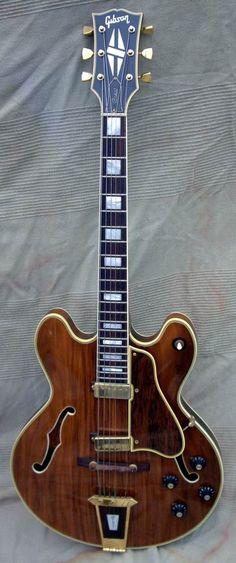 1970 Gibson Crest