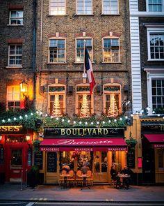 Love the lights everywhere Christmas Lights, Christmas Holidays, Christmas Decorations, London Photos, London City, Lighting, Instagram, Christmas Fairy Lights, Christmas Vacation