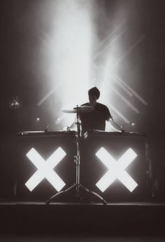 We love him, you love him, everyone loves him. Here's our selection of Jamie xx's best remixes and tracks to date…enjoy. http://fashionfix.net-a-porter.com/newsflash/music-mondays-jamie-xx