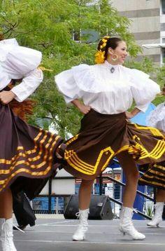 Nuevo Leon Folklorico - Ballet Folklorico Puro Mexico en Toronto