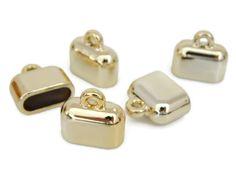 """CDC12CH capuchón o terminal para collar, color dorado, medida 12mm, precio x pieza $2 pesos, precio medio mayoreo(25 piezas)$35, precio mayoreo (50 piezas)$65 """"""""""""""""""""""""""""""""""""precio VIP (100 piezas) $120"""""""""""""""""""""""""""""""""""""""