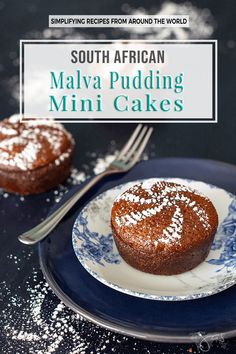 African Dessert This classic South African dessert, malva pudding mini cakes is spongy in texture, like a cake, sticky and absolutely irresistible. Chia Pudding, Malva Pudding, Pudding Desserts, Pudding Cake, Pudding Recipes, Dessert Recipes, Milk Recipes, Cupcake Recipes, Vegan Recipes