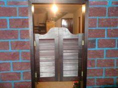 Toques originales para nuestro hogar: Cómo hacer unas puertas tipo cantina