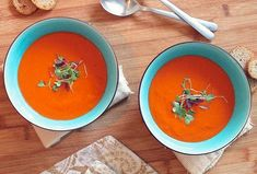 Warm up with a hefty bowl of soup from a local Austin restaurant for National Soup Month. It& January, National Soup Month, and that means it& time to escape the cold weather and warm your bones with a big, steaming bowl of the good stuff. Easy Homemade Tomato Soup, Tomato Soup Recipes, Healthy Soup Recipes, Vegetarian Recipes, Snacks Recipes, Cookbook Recipes, Vegan Vegetarian, Free Recipes, Roasted Tomato Soup
