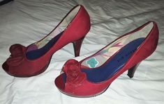 """women's Madden Girl open toe pumps red fabric Karlla 4"""" heels size 10 bow accent #MaddenGirl #Pump #PartyCocktail Pump Shoes, Pumps, Heels, Red Accents, Red Fabric, Toe Shape, Women Brands, Open Toe, Girl Fashion"""